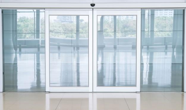 شركة تركيب أبواب زجاج